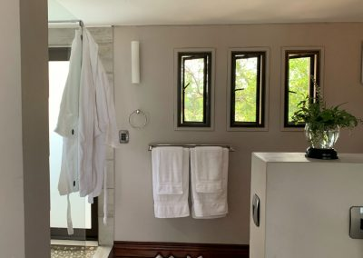 Luxury Bush Villa entrance to shower and wash up area