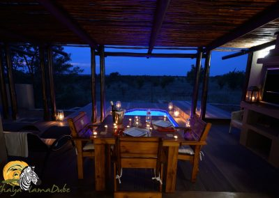 Luxury Bush Villa dinner setting